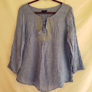 Gap Bohemian shirt size Large embroidery detail